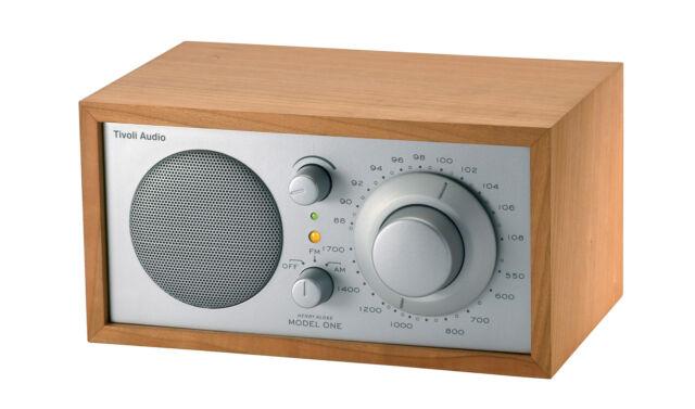 TIVOLI MODELL ONE CHERRY SILBER RADIO AUS TABELLE NEU OFFIZIELLE GARANTIE