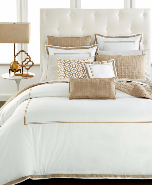 Hotel Collection Frames: Hotel Collection Embroidered Frame Full/queen Duvet Cover