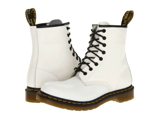 Women's Shoes Dr Martens 1460 8 Eye Boots 11821100 White Smooth New
