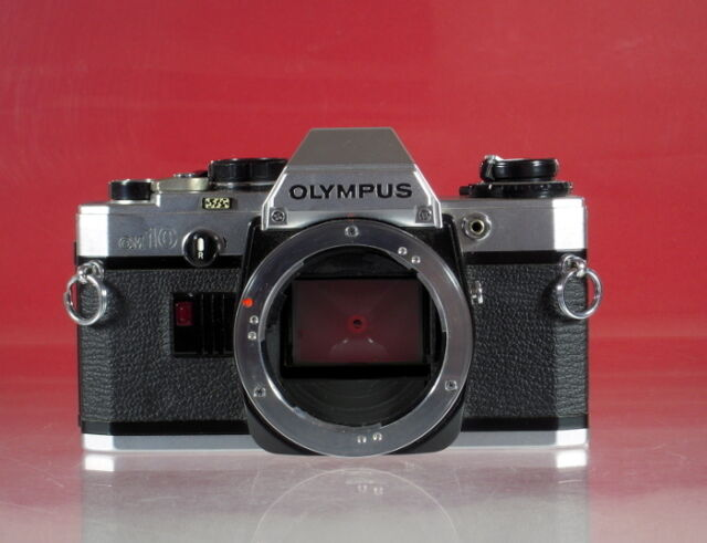 Olympus OM-10 Gehäuse Kamera SLR camera boîtier - (16297)