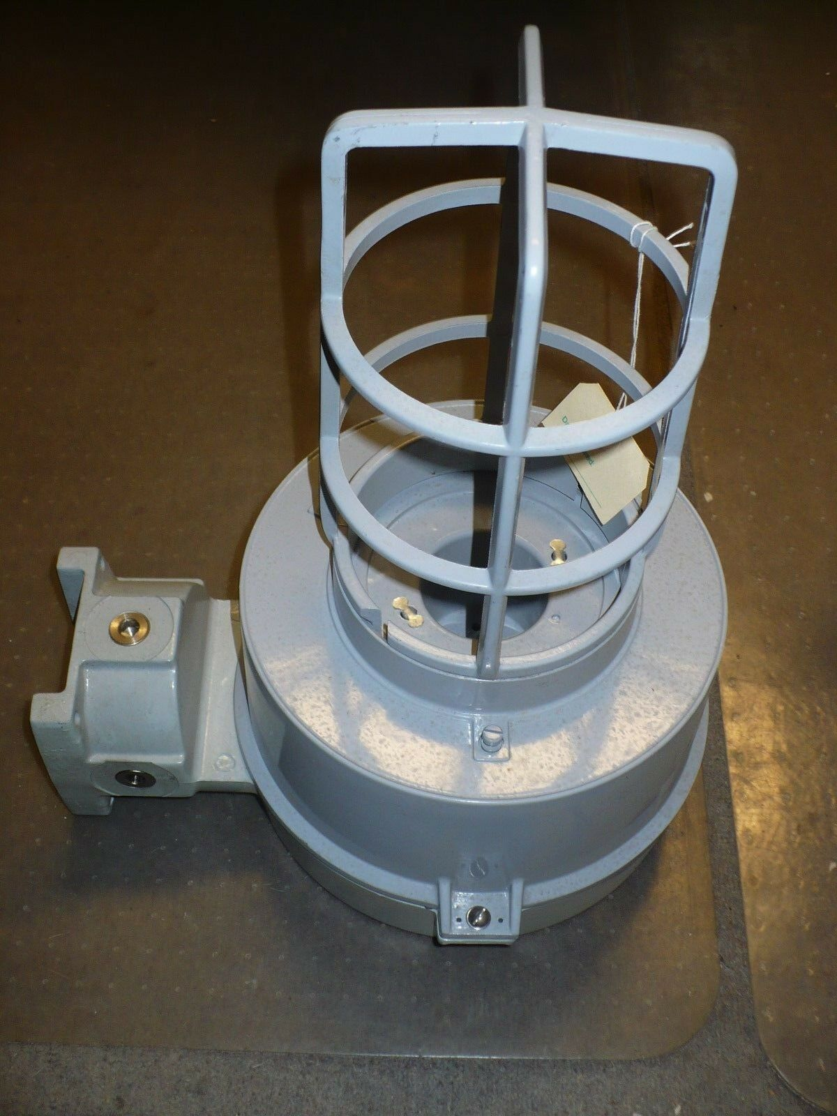 Cooper crouse hinds vmv series light fixture housing only picture 1 of 2 arubaitofo Gallery