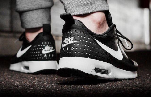 Men's NIKE Air Max Tavas RUNNING Shoes Size 7-13 Black / White (705149